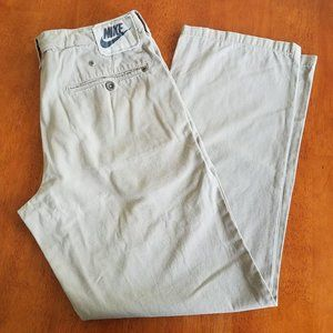 Nike Khaki Tan Pants Size Large 4 Pockets